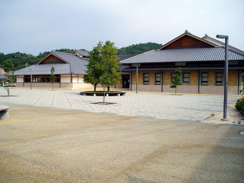 勝央美術文学館
