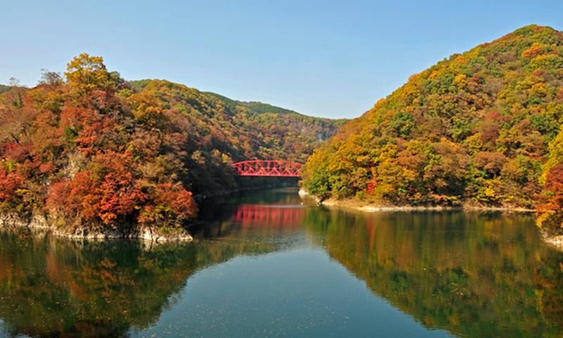 013 帝釈峡・神龍湖の奇観を堪能
