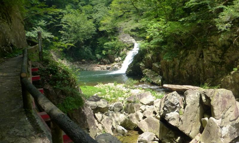 014 神秘的な三段峡と壮大な温井ダム