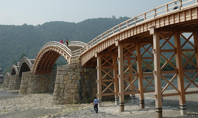 063 岩国城・錦帯橋と柳井白壁の町並み