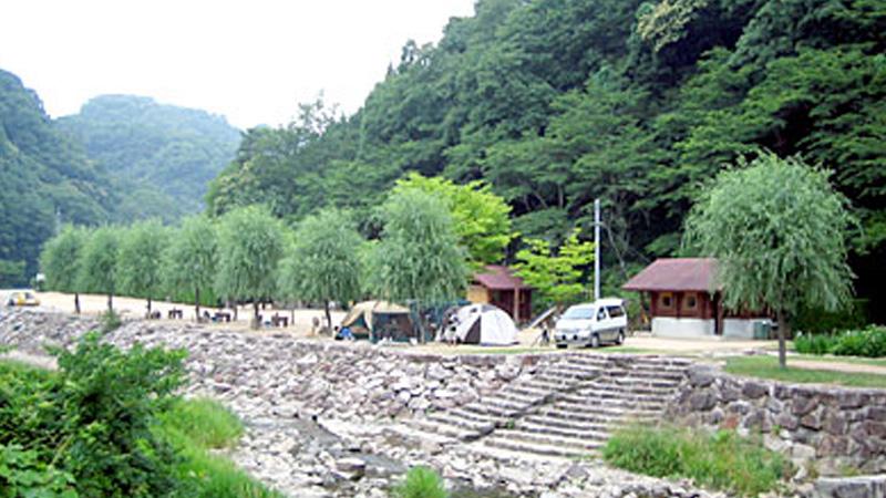 湯の瀬温泉郷キャンプ場