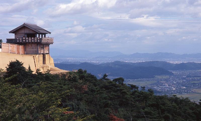 温羅伝説が残る古代山城遺跡。