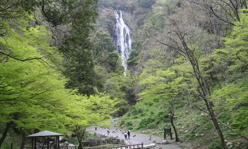 045 勝山の街並み・神庭の滝と下湯原温泉